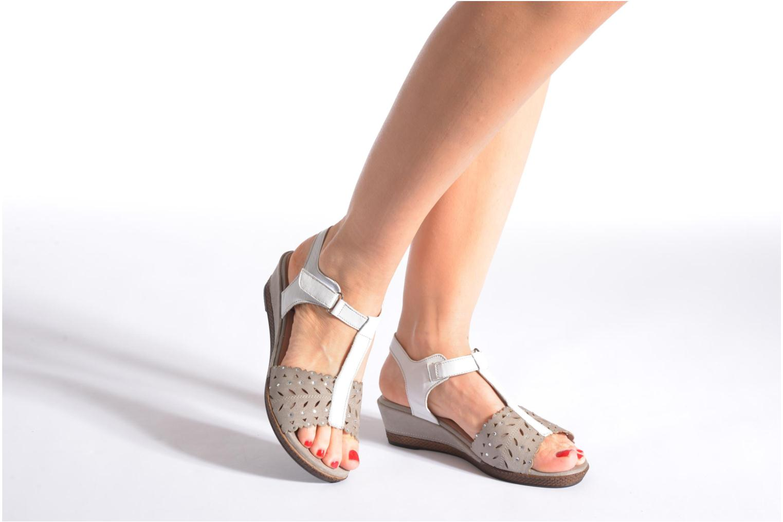 Sandales et nu-pieds Jana shoes Linka Gris vue bas / vue portée sac