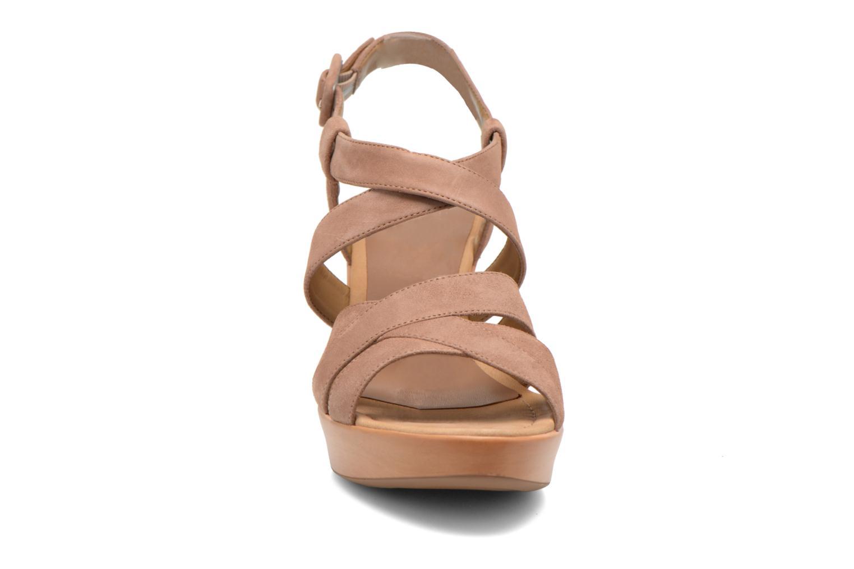 Sandaler Unisa Rodri Brun se skoene på