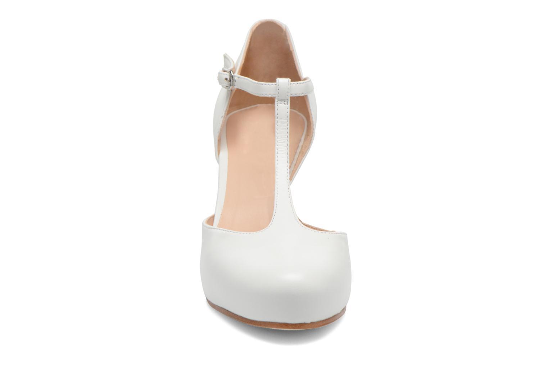 Escarpins Unisa Netan Blanc vue portées chaussures