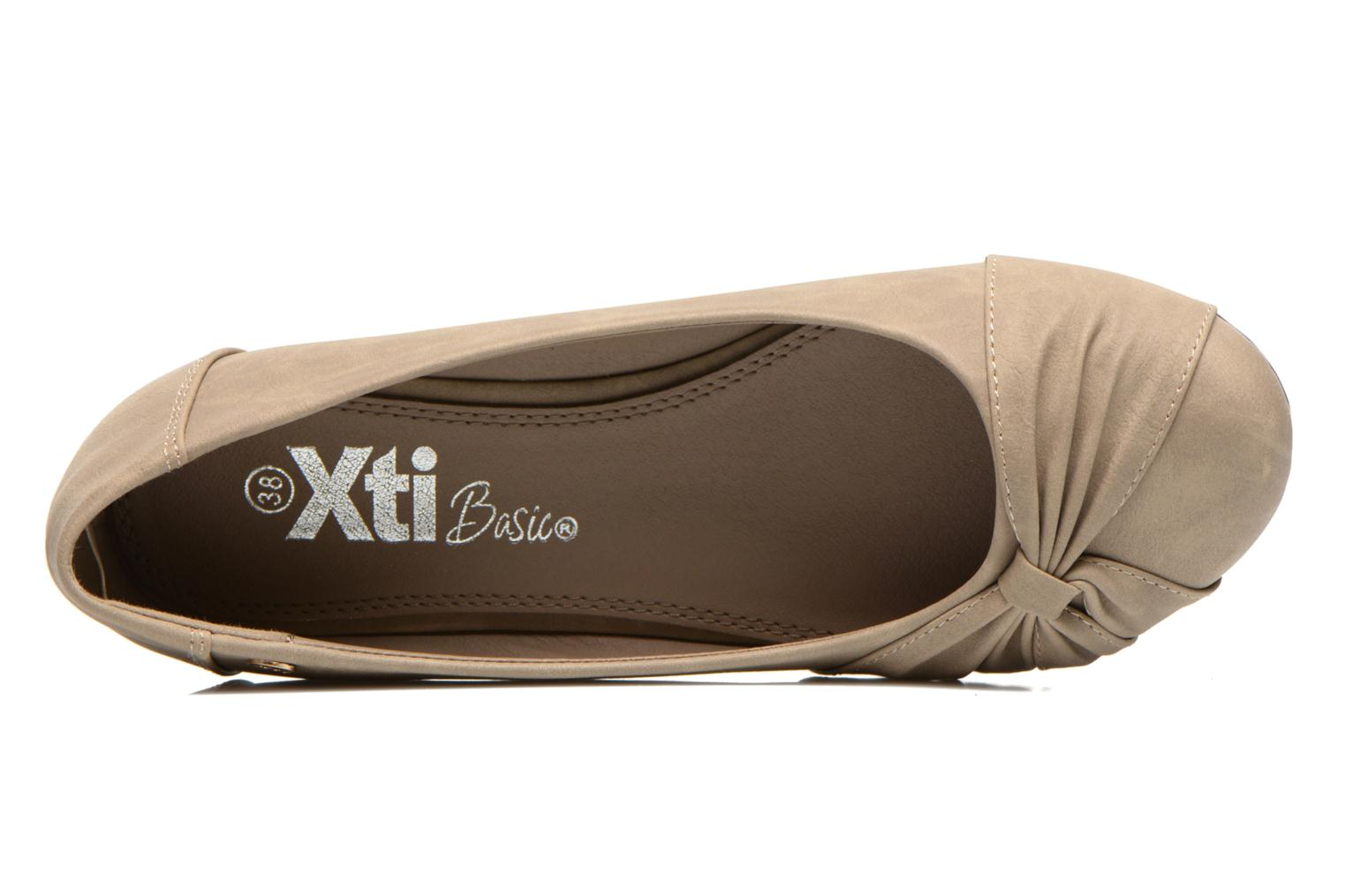 Ballet pumps Xti Mihama Beige view from the left