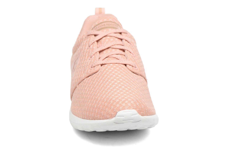 Baskets Le Coq Sportif Dynacomf W Feminine Mesh Rose vue portées chaussures