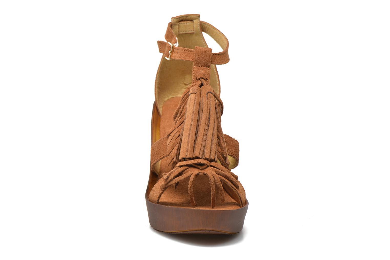 Sandales et nu-pieds Bronx Banner Marron vue portées chaussures