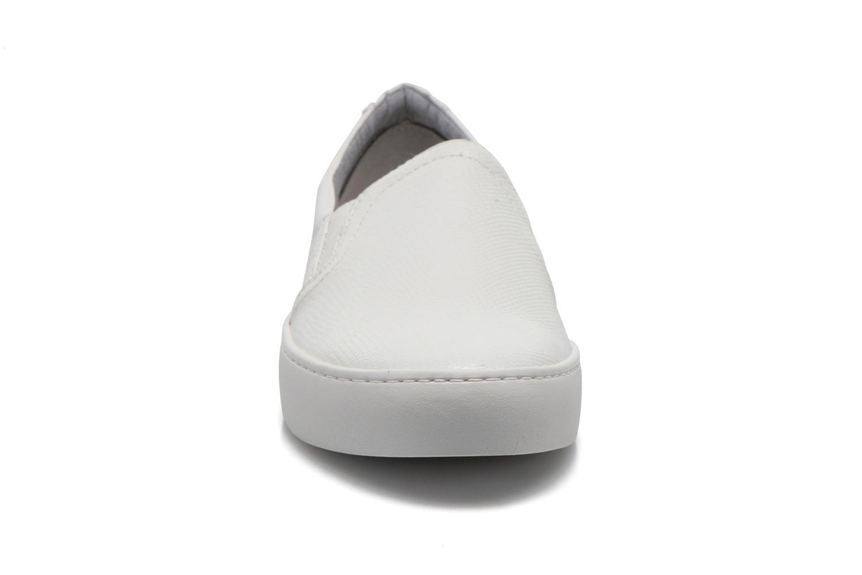 Baskets Vagabond Shoemakers Zoe 4121-308 Blanc vue portées chaussures