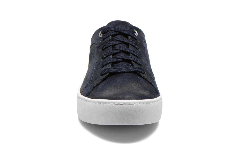 Baskets Vagabond Zoe 4121-150 Bleu vue portées chaussures