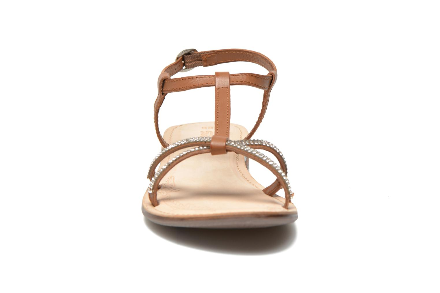 Sandals Dockers Paola Brown model view