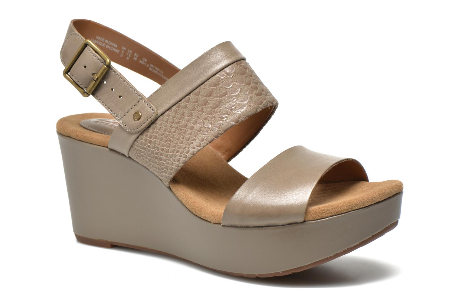 Sandals Clarks Caslynn Kat Beige detailed view/ Pair view
