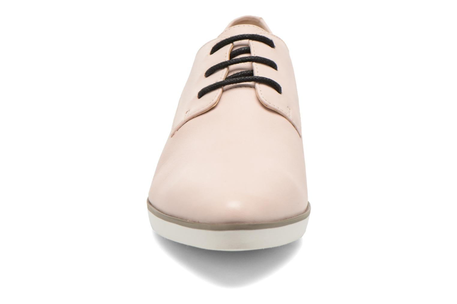 Lace-up shoes Clarks Cressida Grace Pink model view