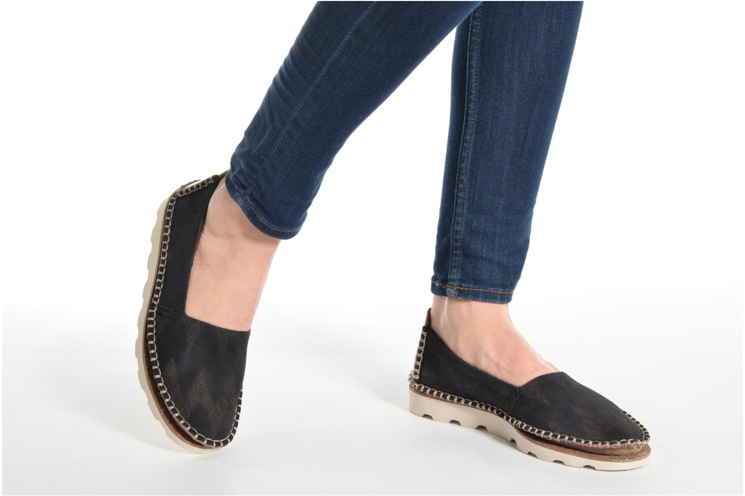 Espadrilles Clarks Damara Chic Black view from underneath / model view