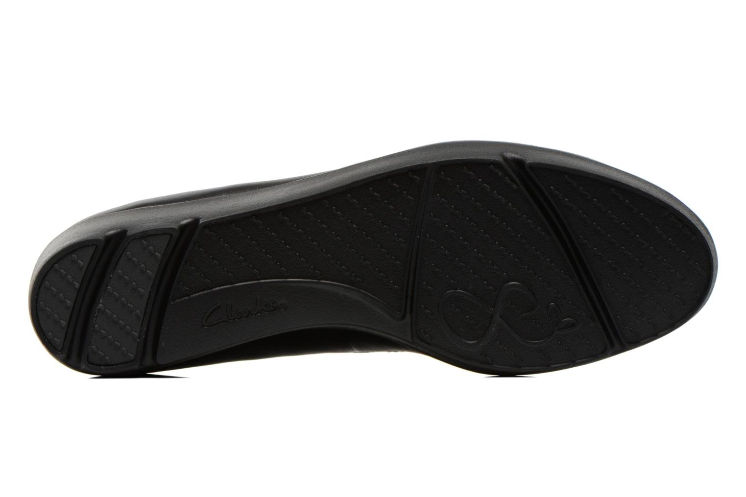 Ballet pumps Clarks Evie Buzz Black view from above