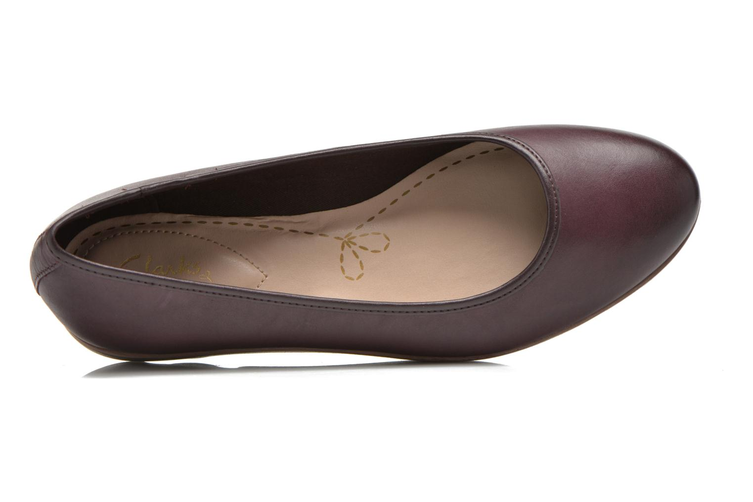 Ballet pumps Clarks Evie Buzz Burgundy view from the left