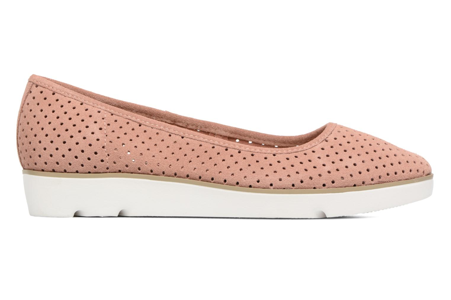 Ballet pumps Clarks Evie Buzz Pink back view