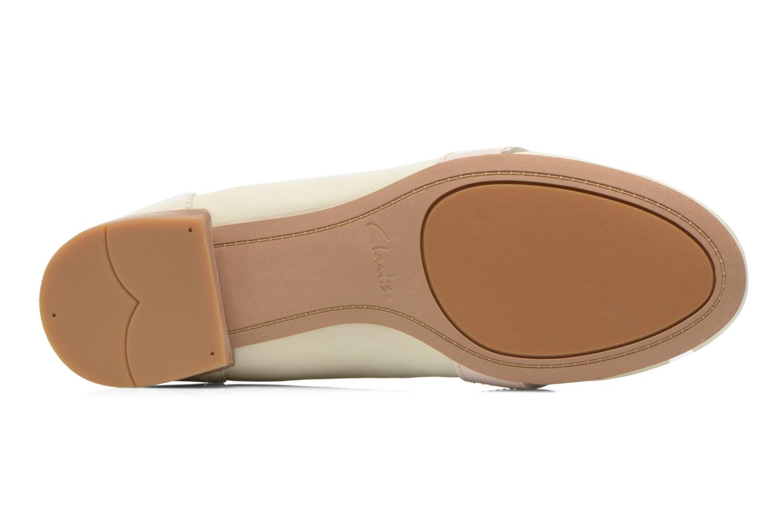 Loafers Clarks Festival Grace Beige view from above