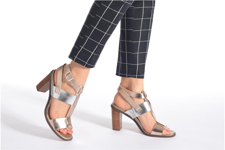 Sandales et nu-pieds Clarks Image Crush Argent vue bas / vue portée sac