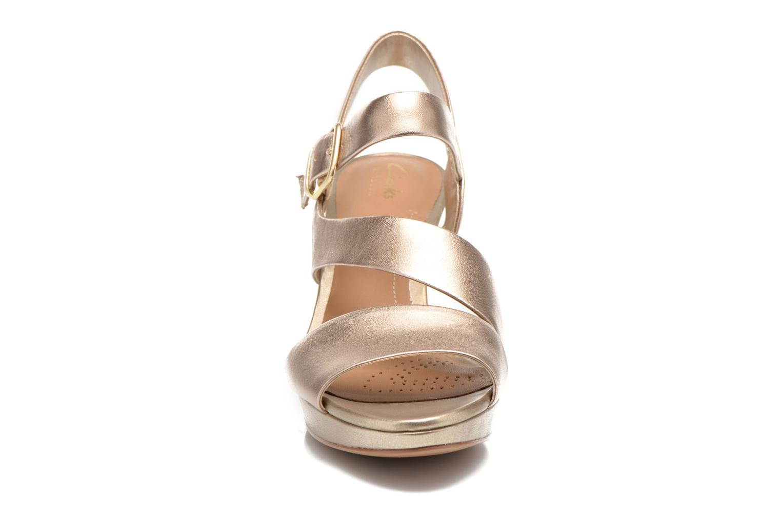 Sandals Clarks Jenness Soothe Bronze and Gold model view