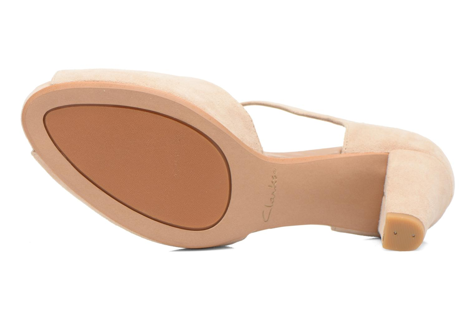 High heels Clarks Kendra Flower Beige view from above