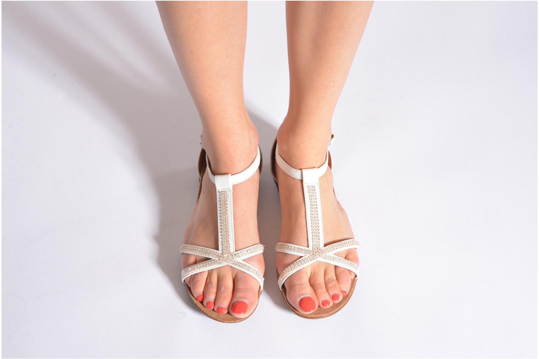 Sandales et nu-pieds Clarks Raffi Star Noir vue bas / vue portée sac
