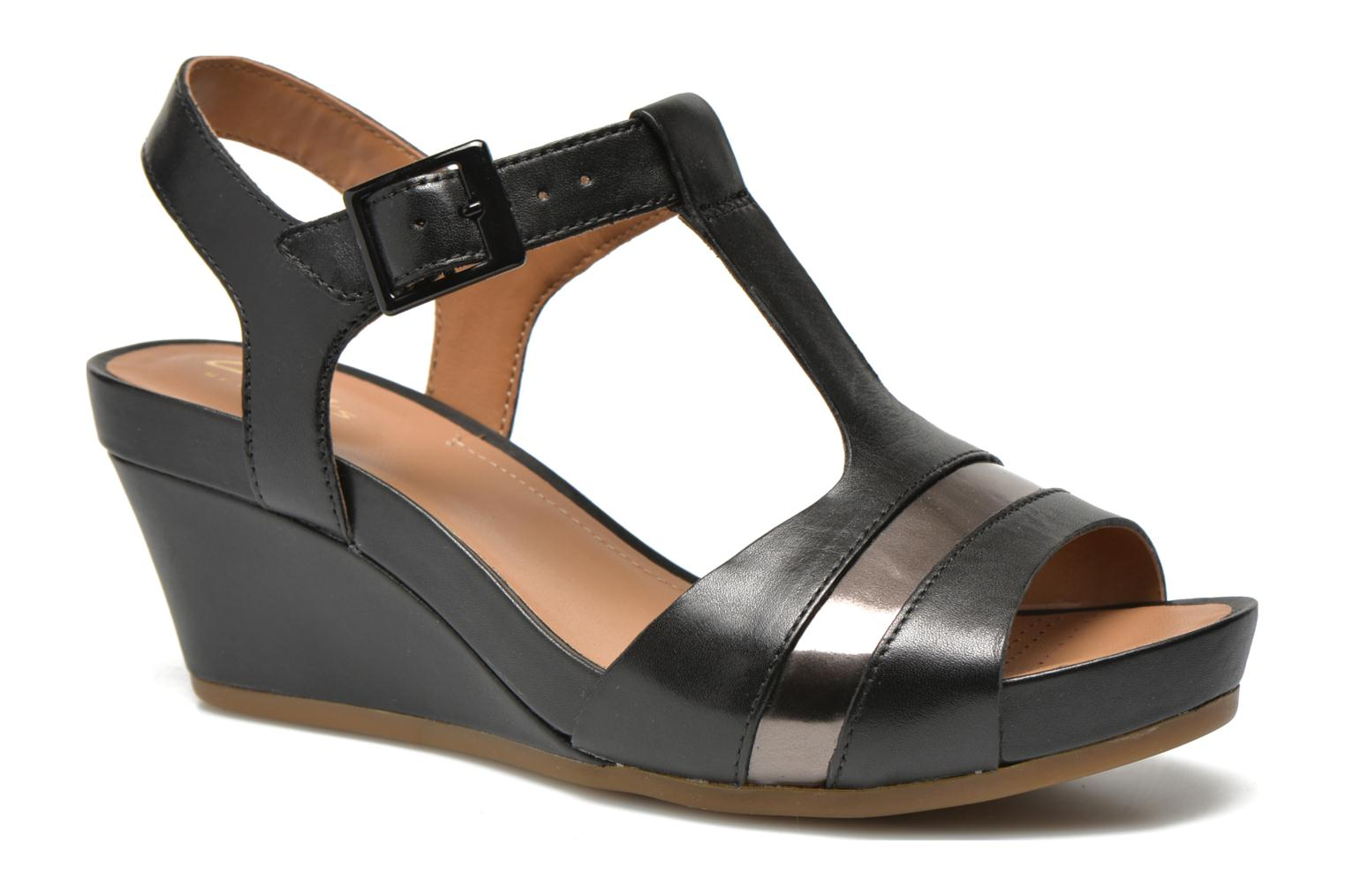 Sandals Clarks Rusty Rebel Black detailed view/ Pair view