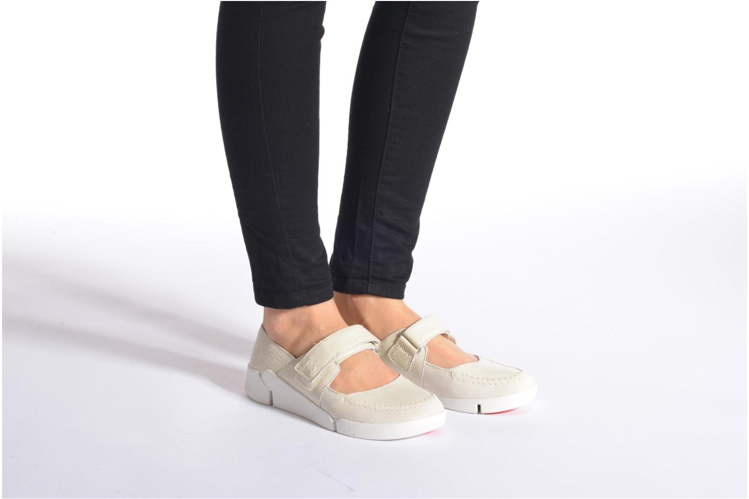 Ballet pumps Clarks Tri Amanda White view from underneath / model view