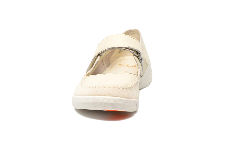 Ballerines Clarks Tri Amanda Blanc vue portées chaussures