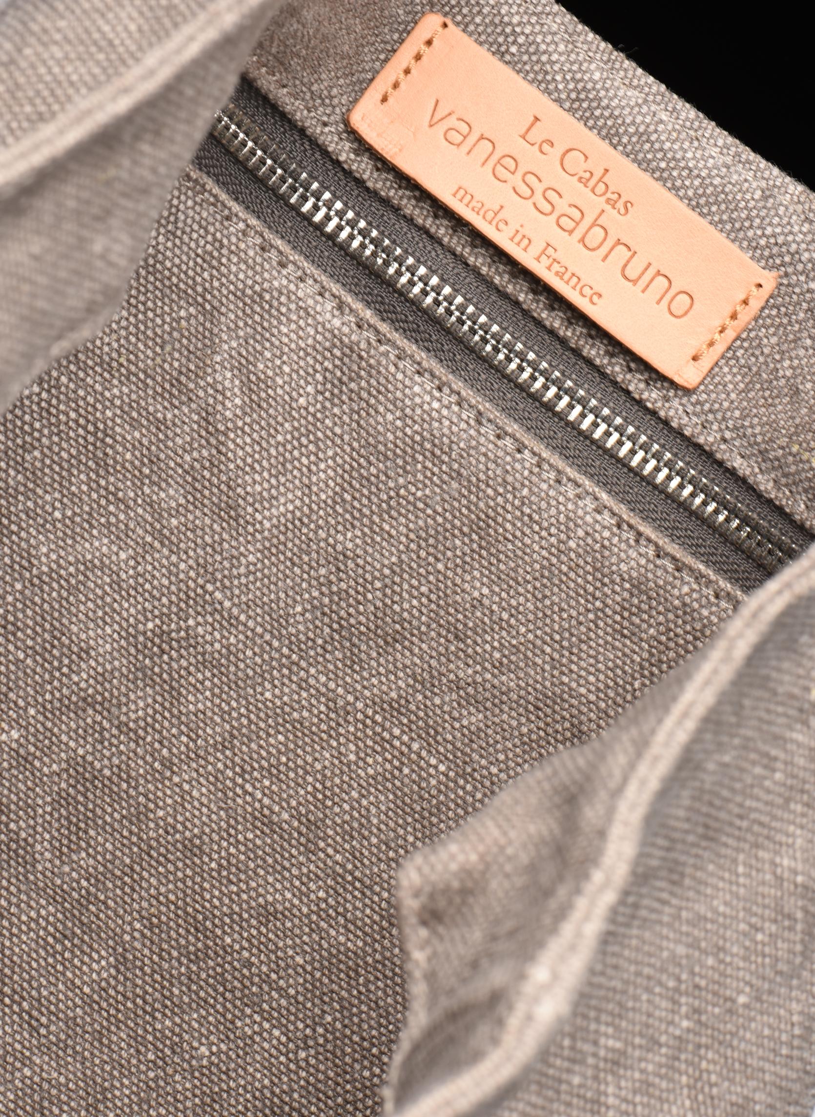 Håndtasker Vanessa Bruno Cabas Lin paillettes M+ Grå se bagfra