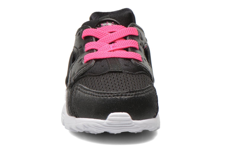 Deportivas Nike Nike Huarache Run (Td) Negro vista del modelo