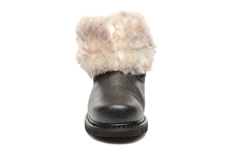 Ankle boots Caterpillar Bruiser Scrunch Fur Black model view