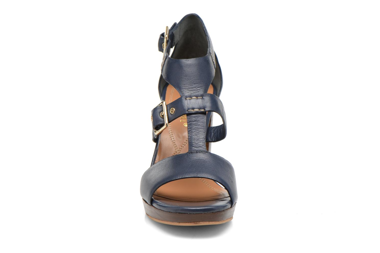 Sandales et nu-pieds Bruno Premi Ezli Bleu vue portées chaussures