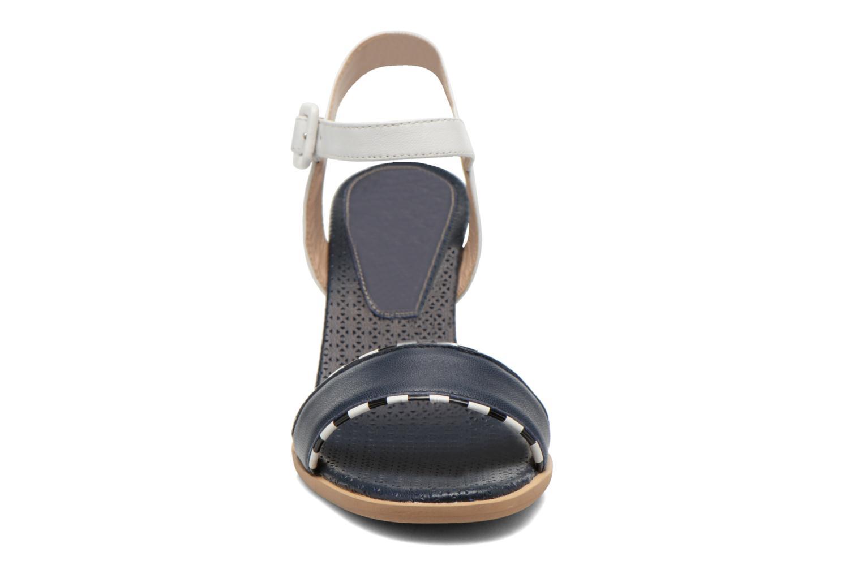 Sandales et nu-pieds Bruno Premi Bahu Bleu vue portées chaussures