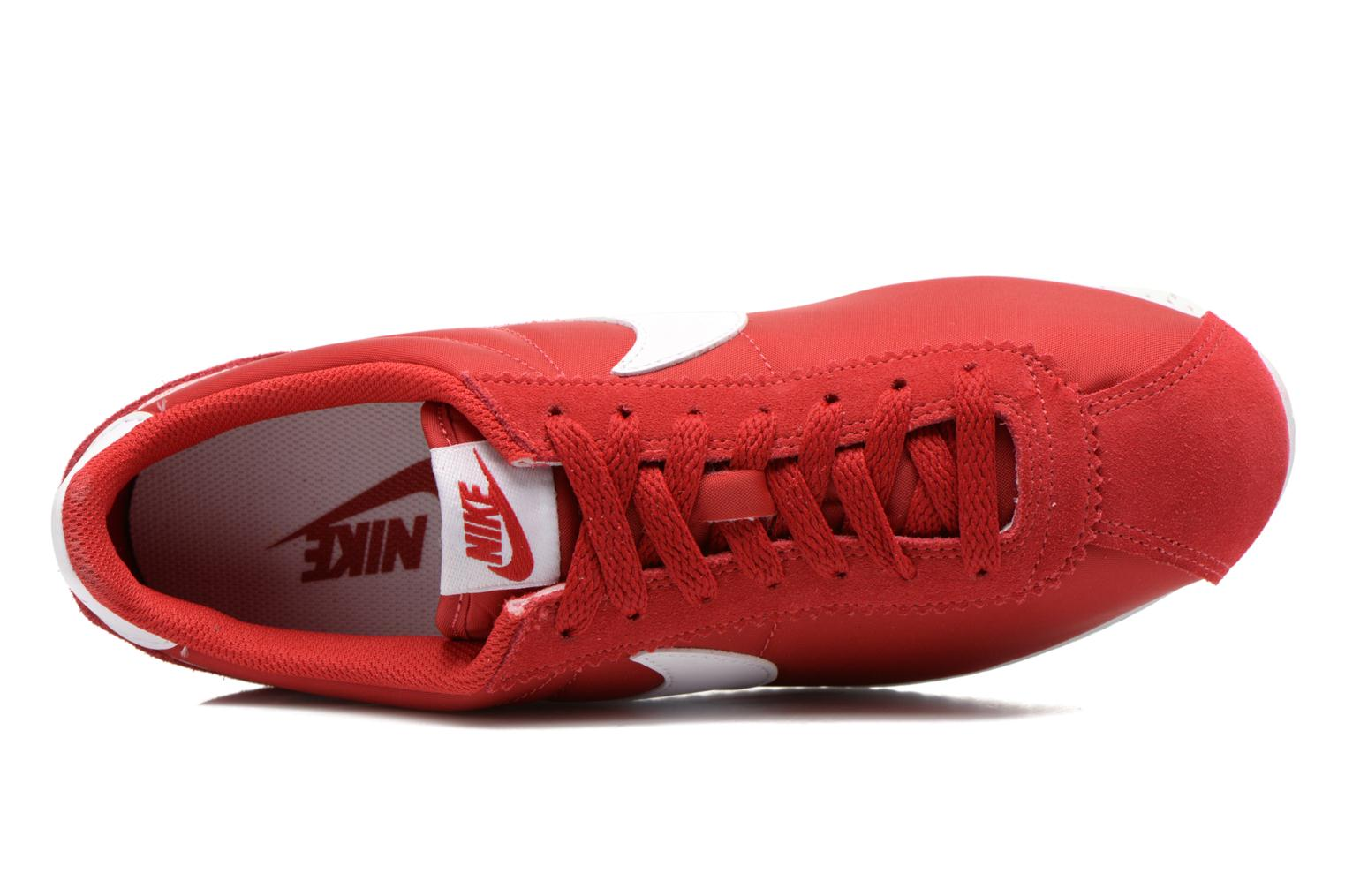 Trainers Nike Classic Cortez Nylon Red view from the left
