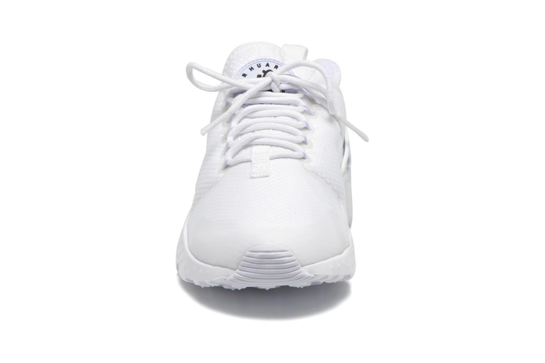 Sneaker Nike W Air Huarache Run Ultra weiß schuhe getragen