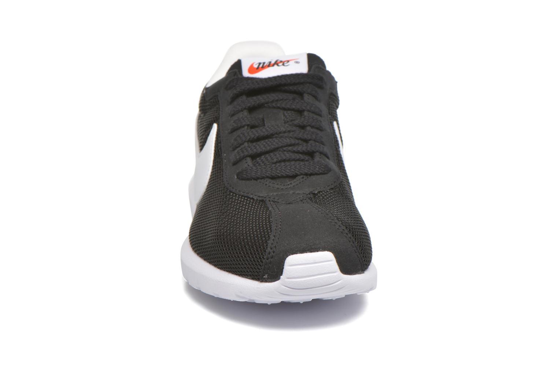 Baskets Nike W Roshe Ld-1000 Noir vue portées chaussures