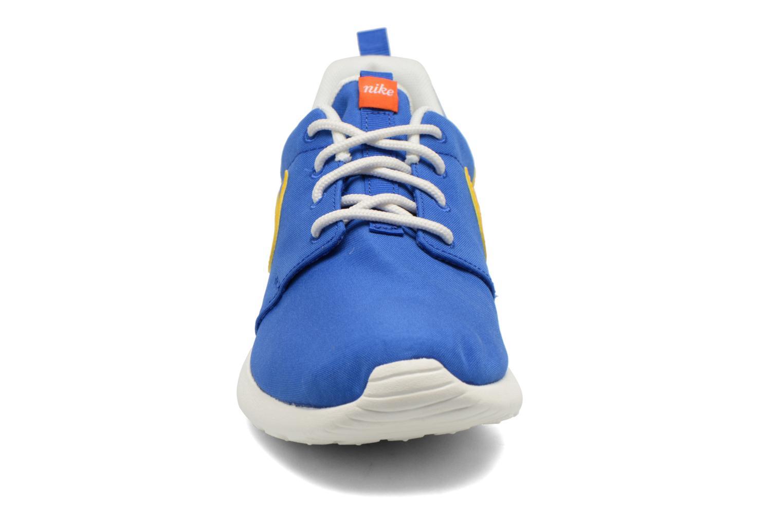 Sneaker Nike Wmns Nike Roshe One Retro blau schuhe getragen