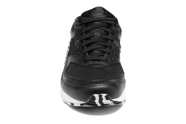 Baskets Nike Wmns Air Max Bw Noir vue portées chaussures