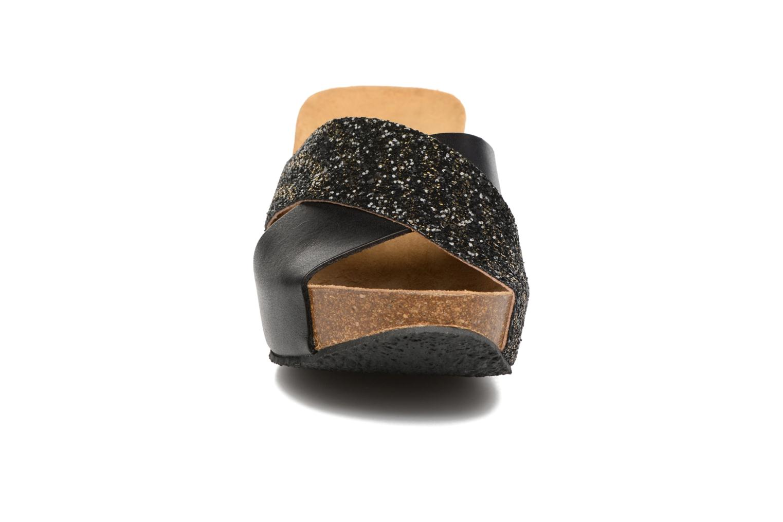 Zuecos Plakton So Clip Negro vista del modelo