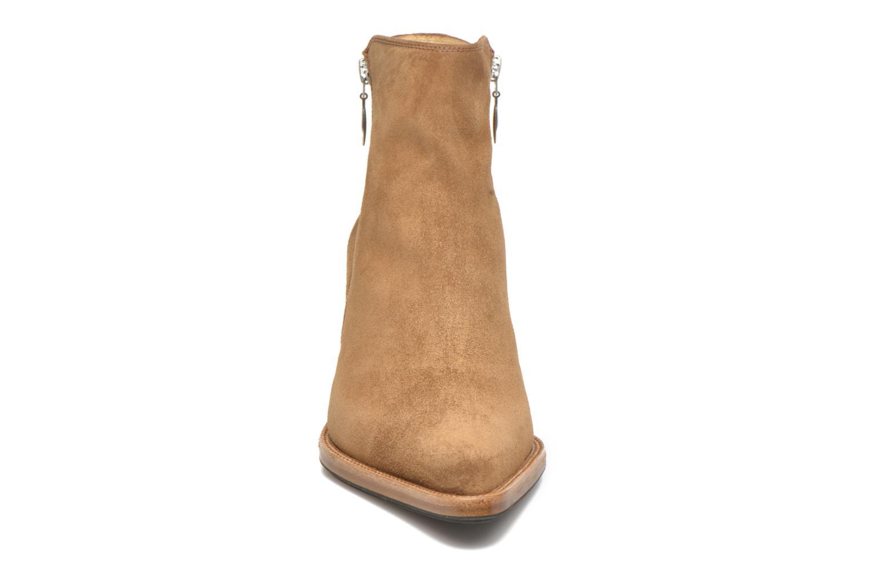 Bottines et boots Free Lance Okao 7 Boot 2 Zip Marron vue portées chaussures