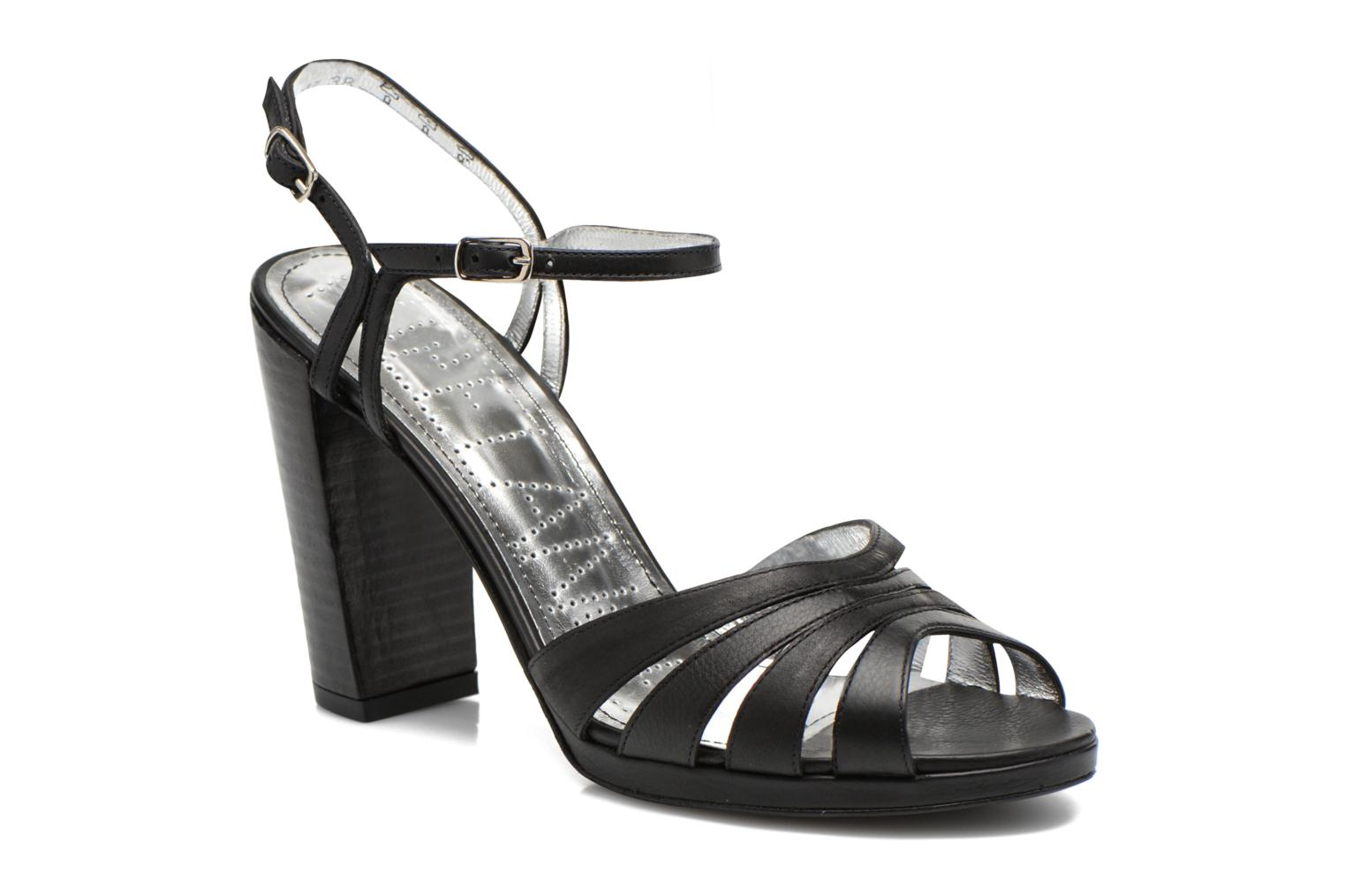 Sandals Free Lance Kerry 7 Sandal 2 Buckles Black detailed view/ Pair view