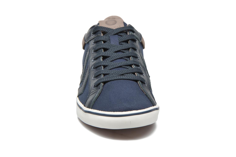 Sneaker Hummel Deuce Court Premium blau schuhe getragen