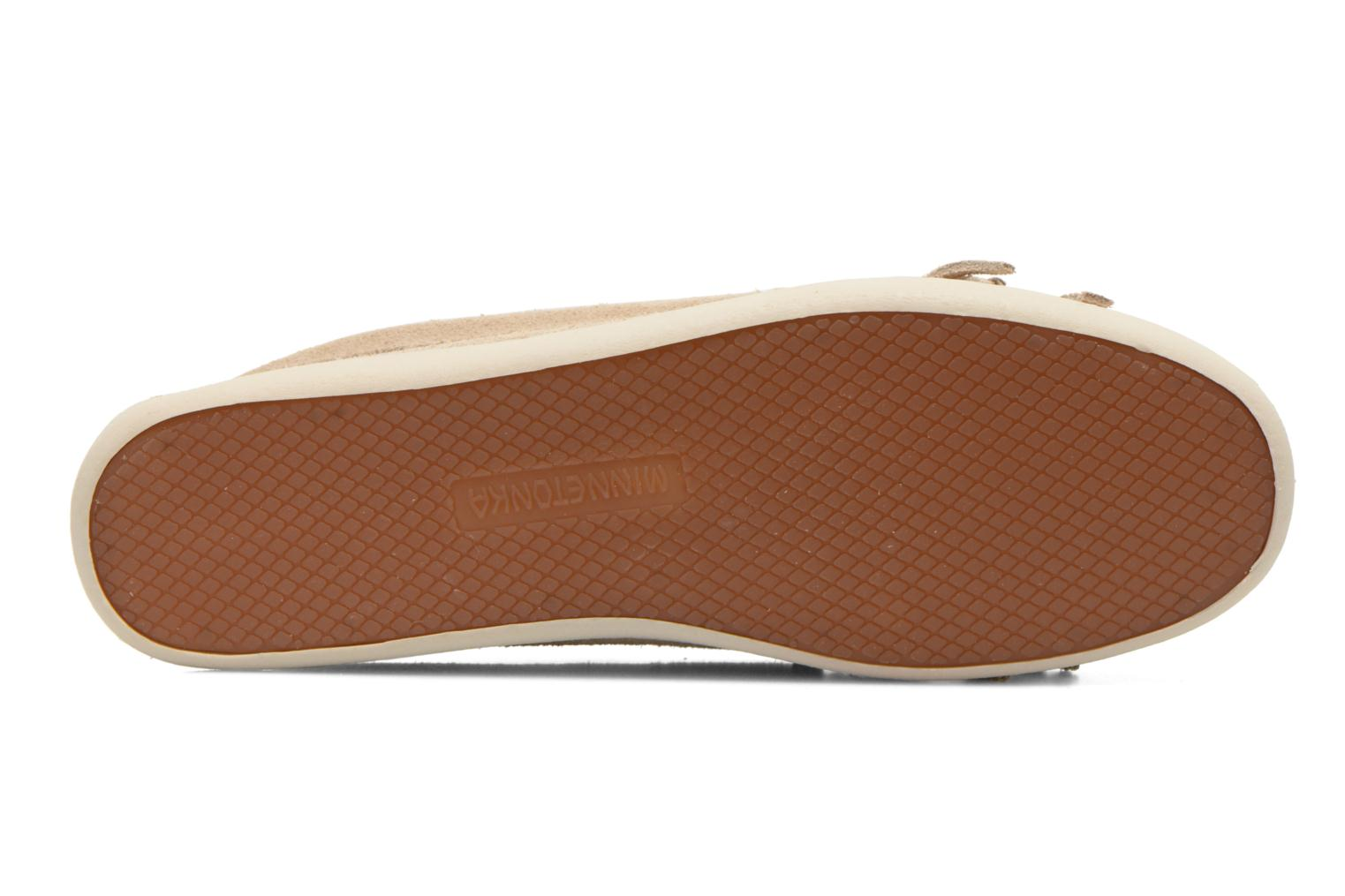 Loafers Minnetonka Newport Moc Beige view from above