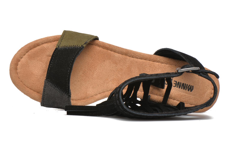 Sandalen Minnetonka Poppy schwarz ansicht von links