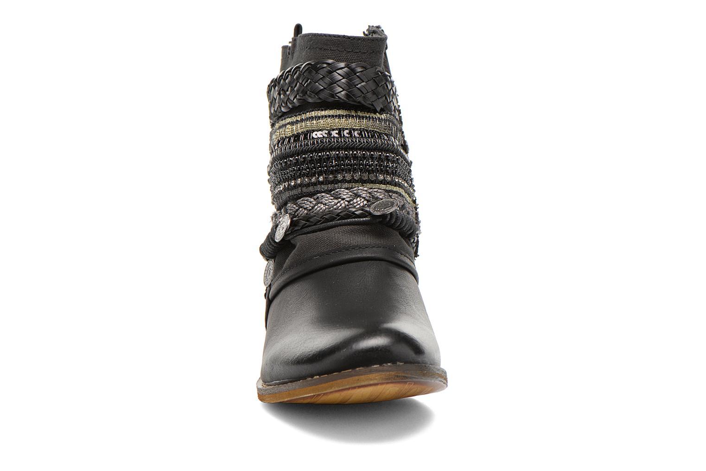 Bottines et boots Bullboxer Nadoco Noir vue portées chaussures