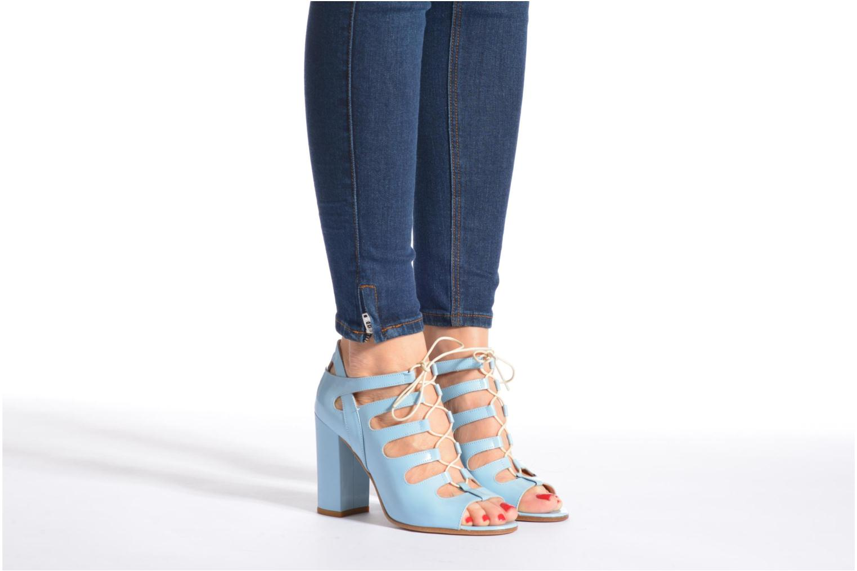 Sandales et nu-pieds Rebecca Balducci Théa Bleu vue bas / vue portée sac