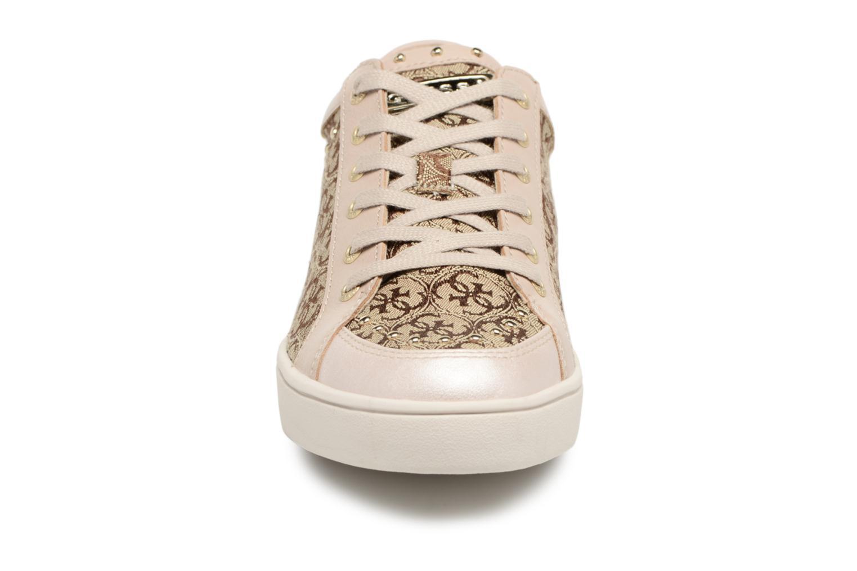 Sneaker Guess Glinna beige schuhe getragen