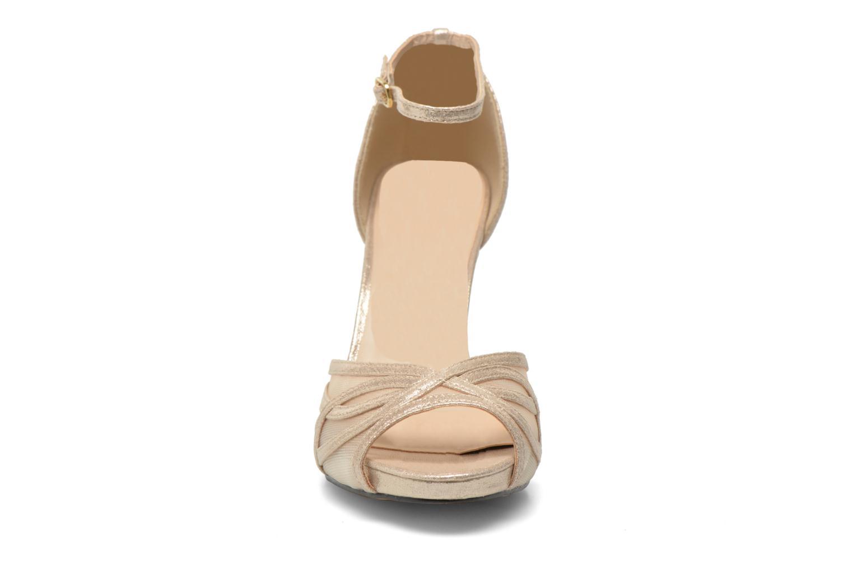 Sandals Menbur Alnus Bronze and Gold model view