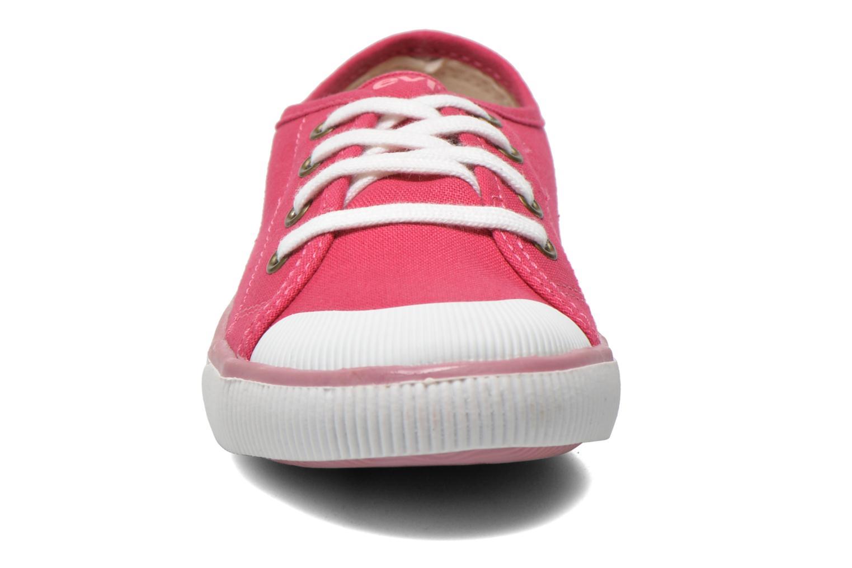 Baskets Levi's Gong Rose vue portées chaussures