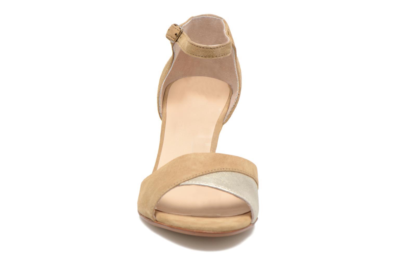 Sandales et nu-pieds Georgia Rose Lilika Beige vue portées chaussures