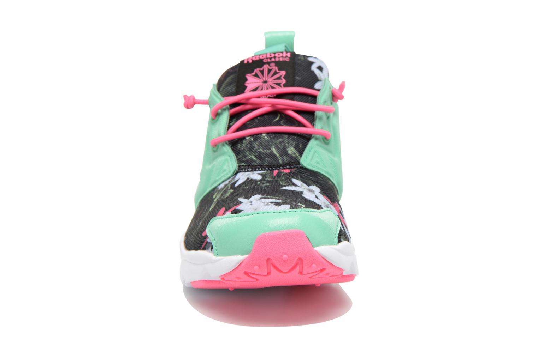 Baskets Reebok Furylite Graphic Vert vue portées chaussures
