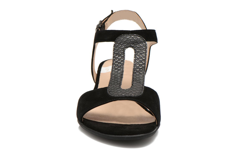 Sandales et nu-pieds Sweet Chenel Noir vue portées chaussures