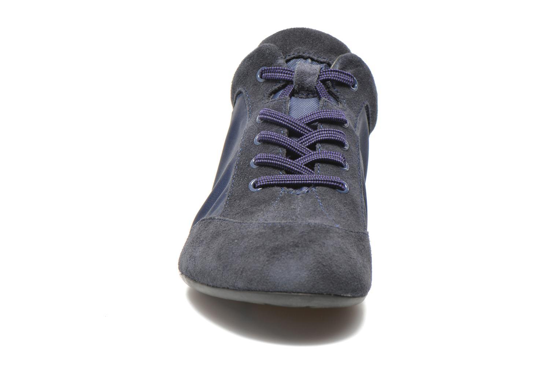 Baskets Camper Peuq 22614 Bleu vue portées chaussures