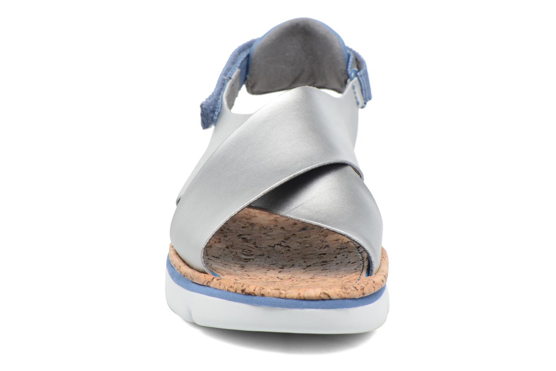 Sandalen Camper Oruga K200157 grau schuhe getragen