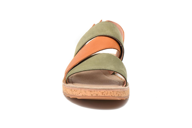 Sandalen Camper Pim Pom K200138 grün schuhe getragen